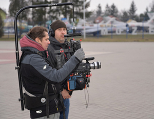 """W najbliższą niedzielę 28 maja o godz. 9:15 w TVP1 w serii """"Zakochaj się w Polsce"""" obejrzymy program o Dęblinie."""