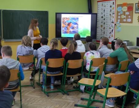 Niezwykła ornitologiczna lekcja przeprowadzona w SOSW przez gości Muzeum Nadwiślańskiego w Kazimierzu Dolnym