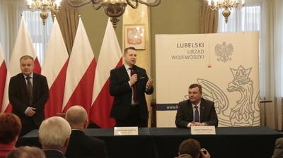 Podpisanie umowy na przebudowę drogi w Wierciszowie
