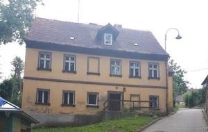 Nieruchomość gruntowa o pow. 0,0330 ha zabudowana budynkiem o pow. 192,62 m2 ul. Sienkiewicza 3