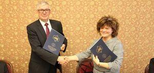 Umowa pomiędzy PWSZ a jedlińskim Zespołem Szkolno-Przedszkolnym podpisana.