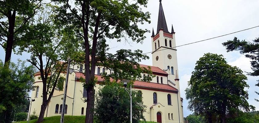 Remont kościelnej wieży na ukończeniu.