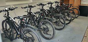 Otwarcie wypożyczalni rowerów elektrycznych w Jedlinie-Zdroju