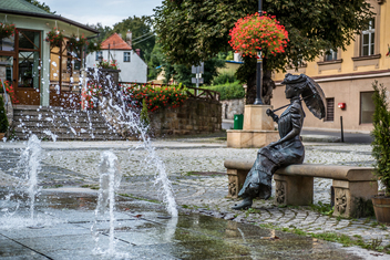 Fontanna i rzeźba Charlotty