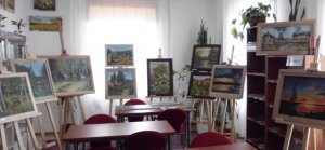 Wystawa malarstwa olejnego i pastelowego Roksany Hałasy