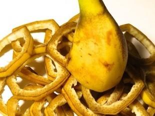 Nie wyrzucaj skórki od banana!