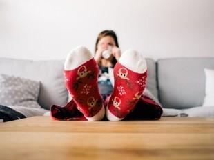 Masz stale zimne stopy? To może być objaw różnych chorób!