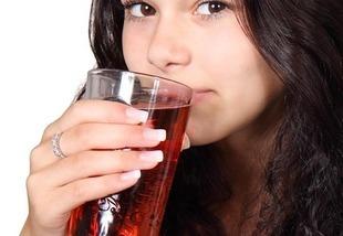 Brakuje ci śliny? Masz suchość w ustach? - to może być poważny problem!