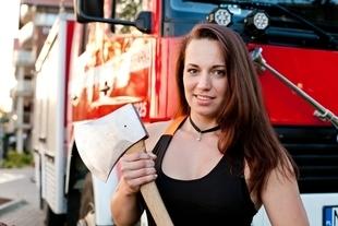 Zawody kobiet w sportowym cięciu i rąbaniu drewna w Katowicach!