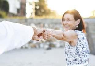 Czy menopauza to utrata kobiecości?
