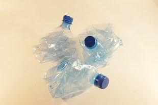 Preparat z UMK pomoże w walce z plastikowymi odpadami