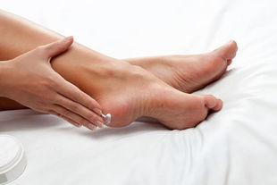 Jak przygotować stopy do lata?