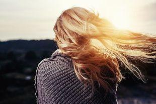 Co o twoim zdrowiu mówią twoje włosy?