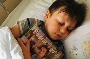 7- letni chory na białaczkę Poldek prosi kucharzy o filmy