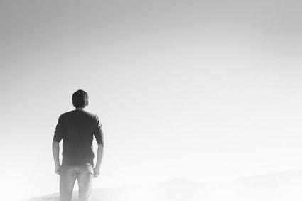 Dziesięć życiowych błędów, które sprawiają, że czujesz się nieszczęsliwy