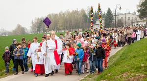 Kolorowe procesje z okazji Niedzieli Palmowej