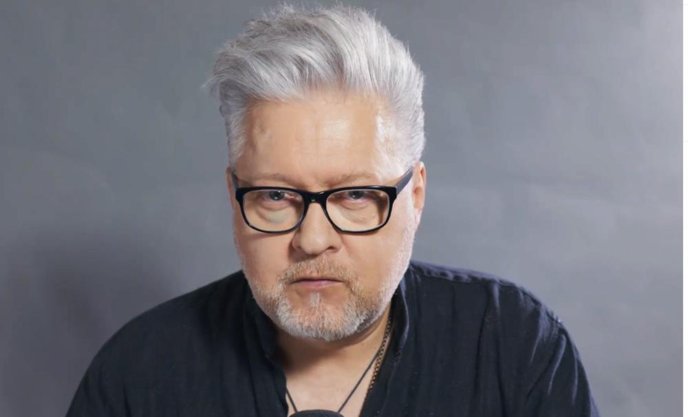 Artur Gadowski czyta Tadeusza Dołęgę-Mostowicza