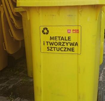 Wyposażenie nieruchomości na terenie gminy Opoczno w żółte pojemniki na tworzywa sztuczne i metale