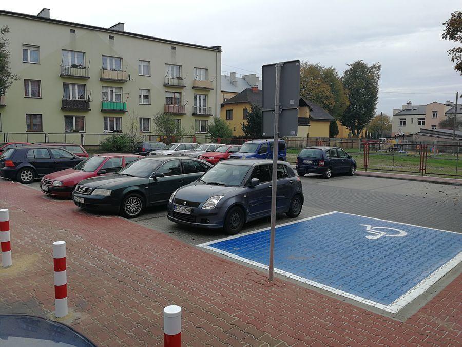 Parking przy ulicy Norwida