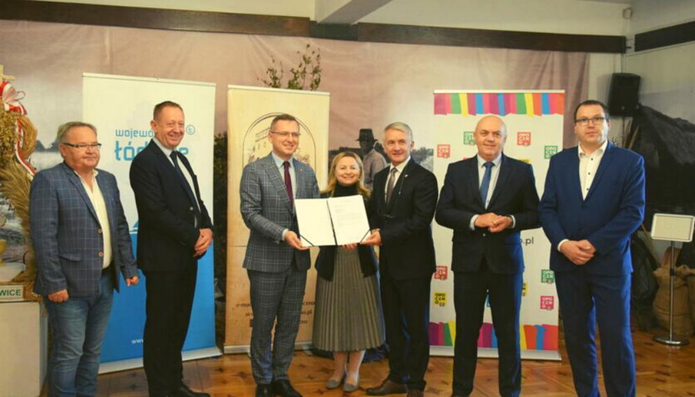 Umowy na dofinansowanie zalewu i muzeum podpisane