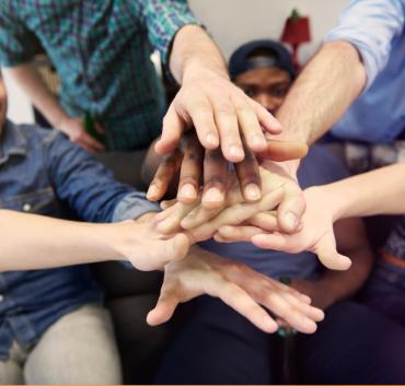 Ręce złożone w jedność