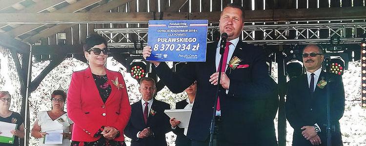 Powiat Puławski zdobywa milionową dotację na inwestycje drogowe