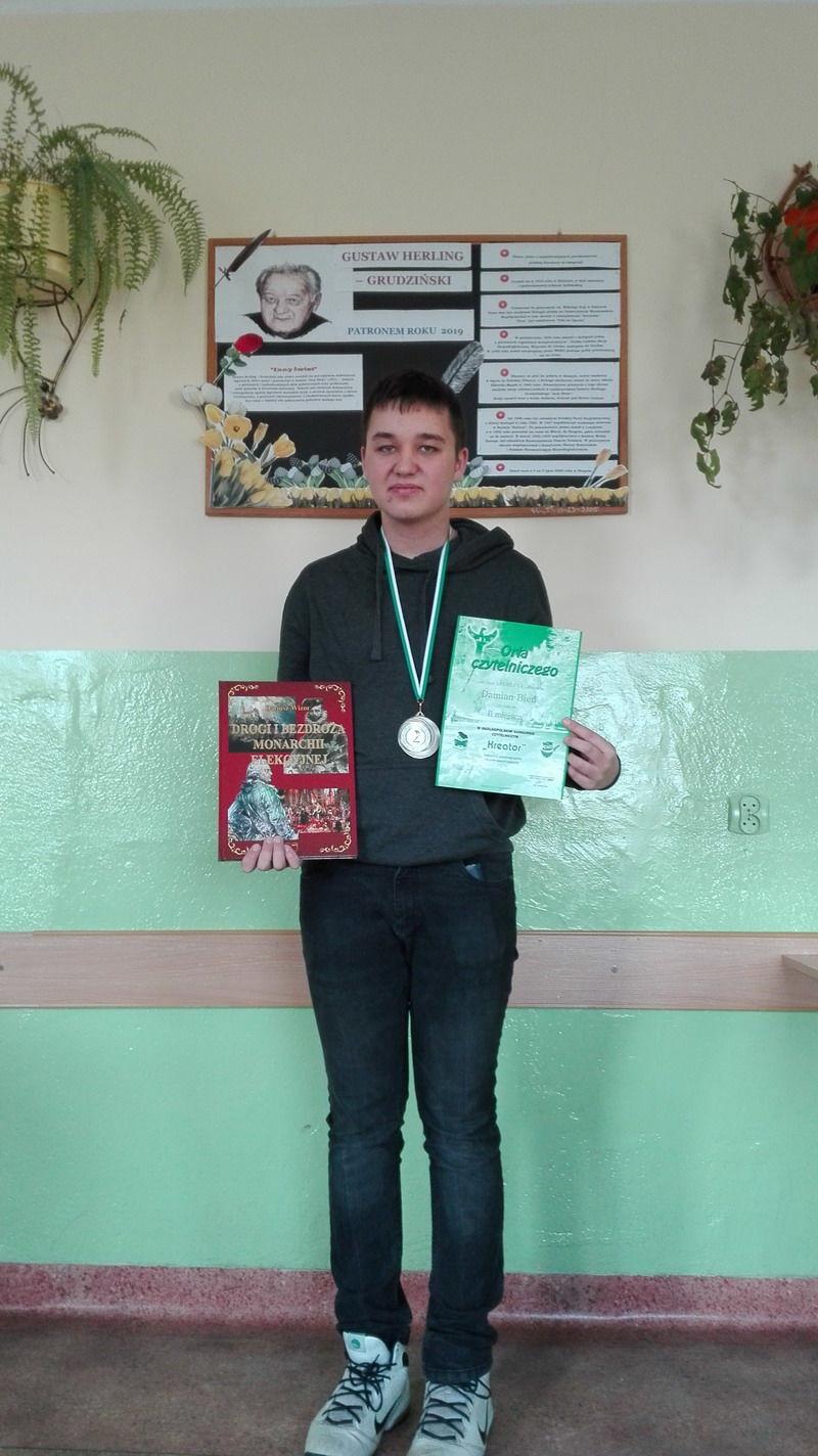Srebrny medal i wyróżnienie dla uczniów PSP w Goczałkowie w Ogólnopolskiej Stypendiadzie Polonistycznej