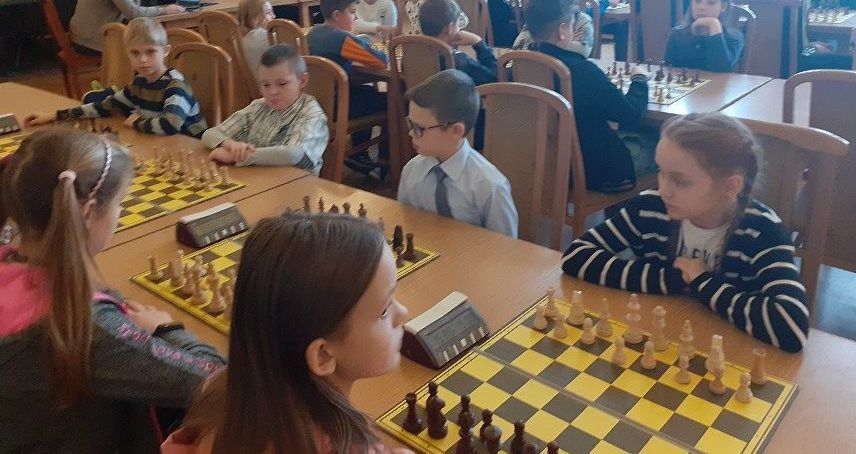 Młodzi szachiści z Jaroszowa na podium