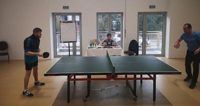 Rywalizowali w ping-ponga w Jaroszowie