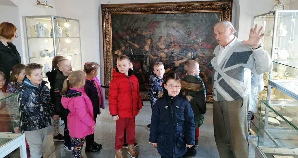 Przedszkolaki poznają historię miasta