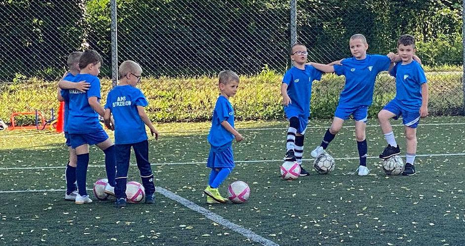 Skrzaty AKS-u zakończyły sezon piłkarski 2019/2020 z medalami!