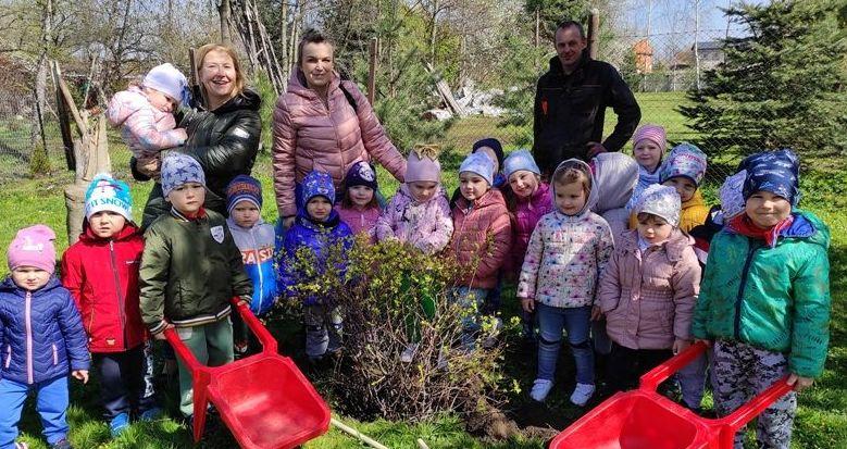 """""""Międzynarodowy Dzień Ziemi"""" w przedszkolu w Stanowicach"""