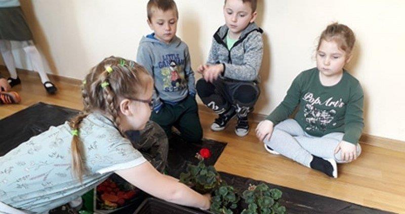 Międzynarodowy Dzień Ziemi w Przedszkolu w Jaroszowie