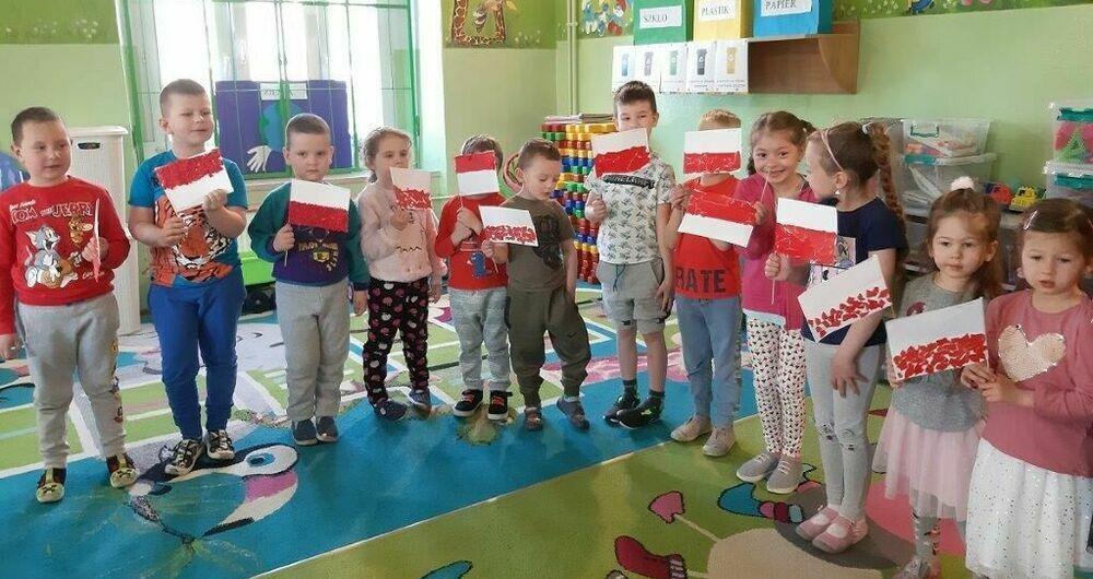 Święto majowe w przedszkolu w PSP w Olszanach