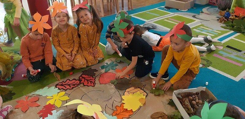 Przedszkolaki z Olszan witają jesień