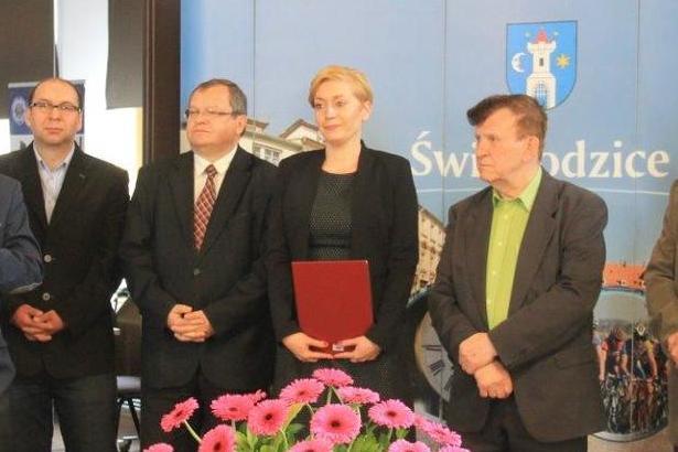 Zdjęcie władz na spotkaniu