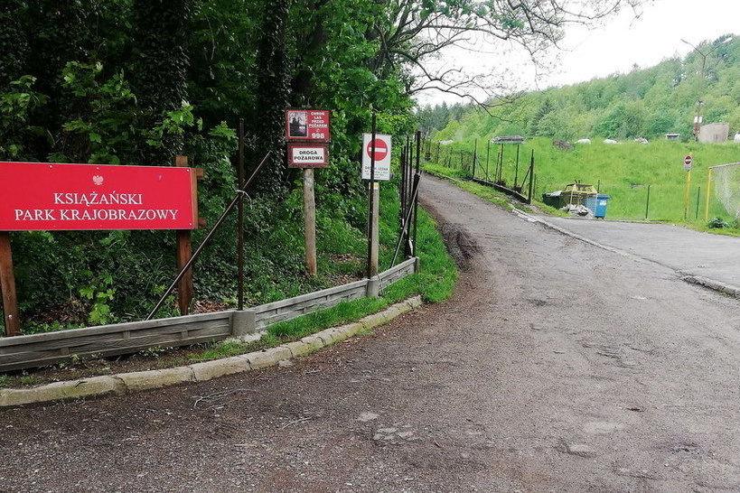Zamknięcie drogi do Książańskiego Parku Krajobrazowego