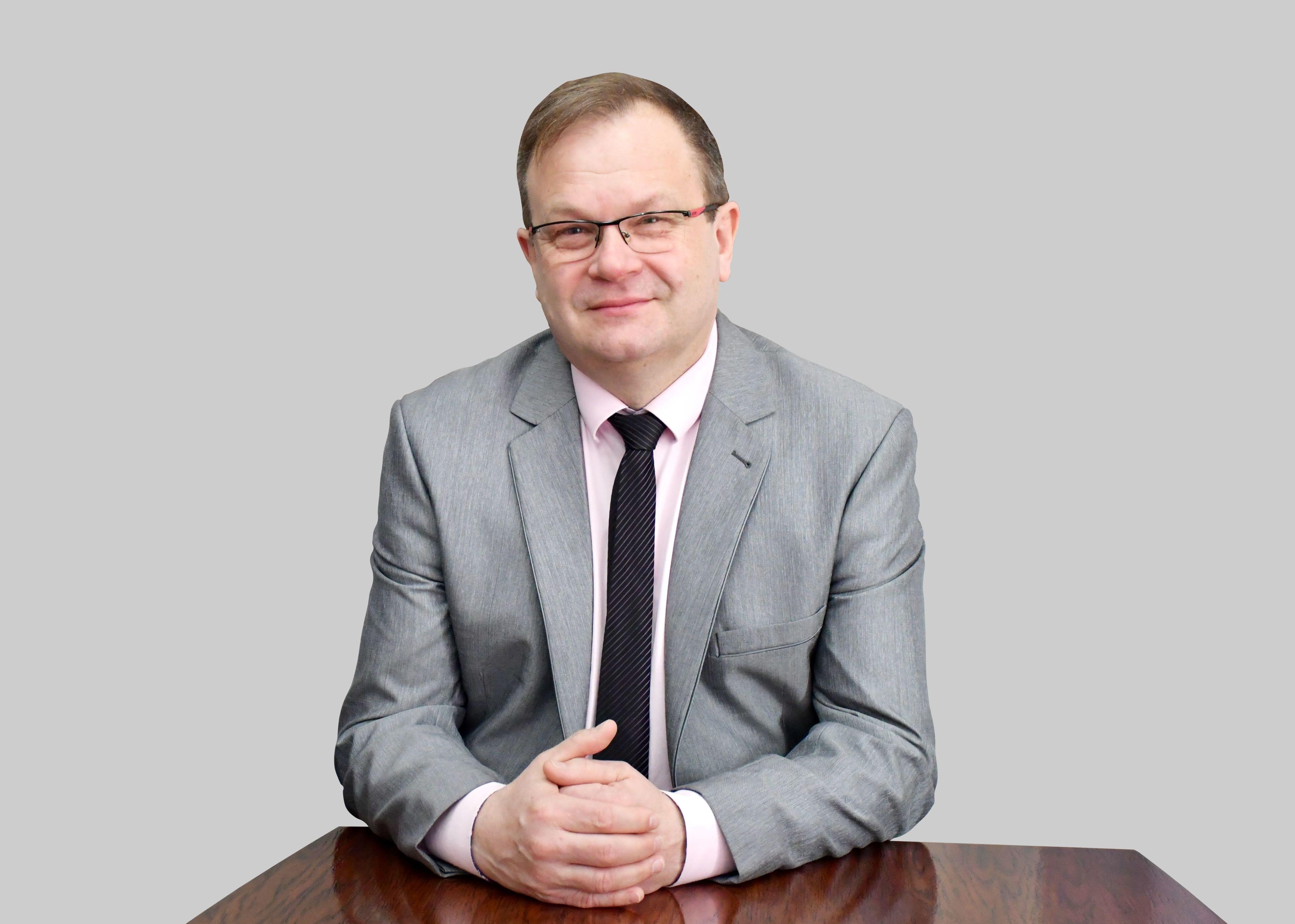 Burmistrz Miasta Świebodzice Paweł Ozga