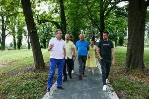Park przy ul Jeleniogórskiej. Odbiór robót budowlanych