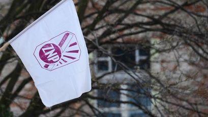 Strajk nauczycieli zawieszony, uczniowie wracają do szkół