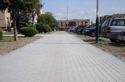 Chodnik przy ul. Krzywoustego oddany do użytku