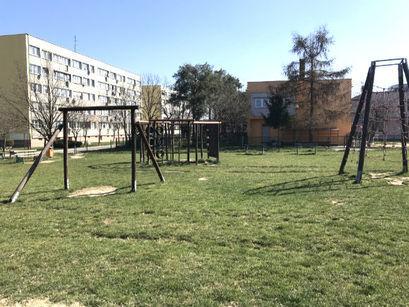 Zakaz wstępu na place zabaw i siłownie zewnętrzne