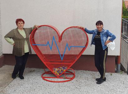 Wielkie serce na nakrętki w Kalnie. Kolejne serce stanie także w Żarowie