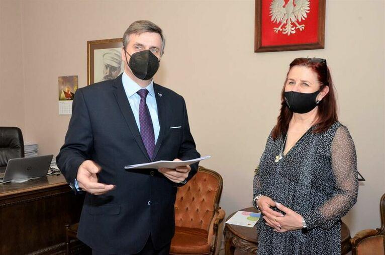 Elżbieta Wierzyk dyrektorem Bajkowego Przedszkola do 2024 roku