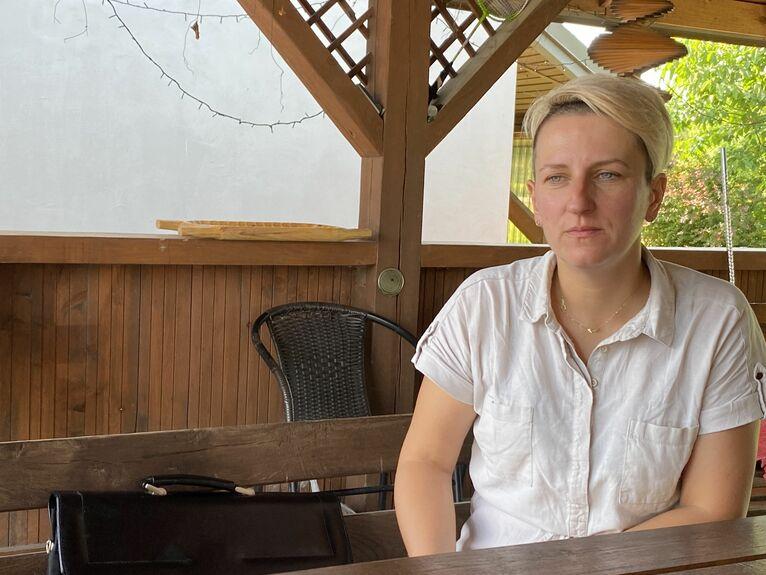 - Nawet dla siebie nie mam truskawek - mówi Anna Głusiec.