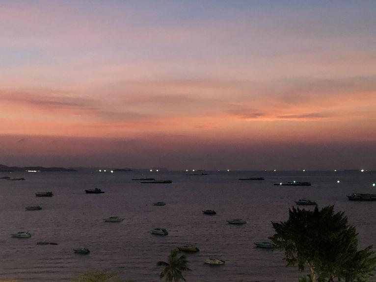 Zachód słońca w Pattayi