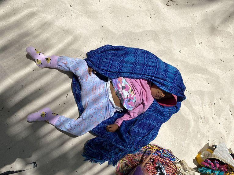 Czasami plaża zastępuje kołyskę.