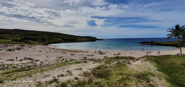 Plaża Anakena.