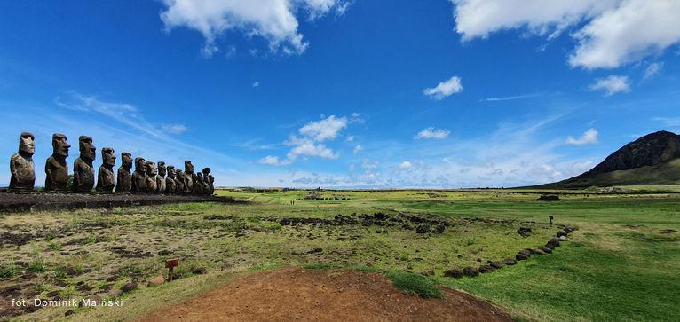 Ahu Tongariki - to miejsce robi największe wrażenie.