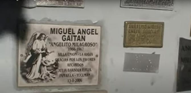 W mauzoleum Miguelita - screen youtube.